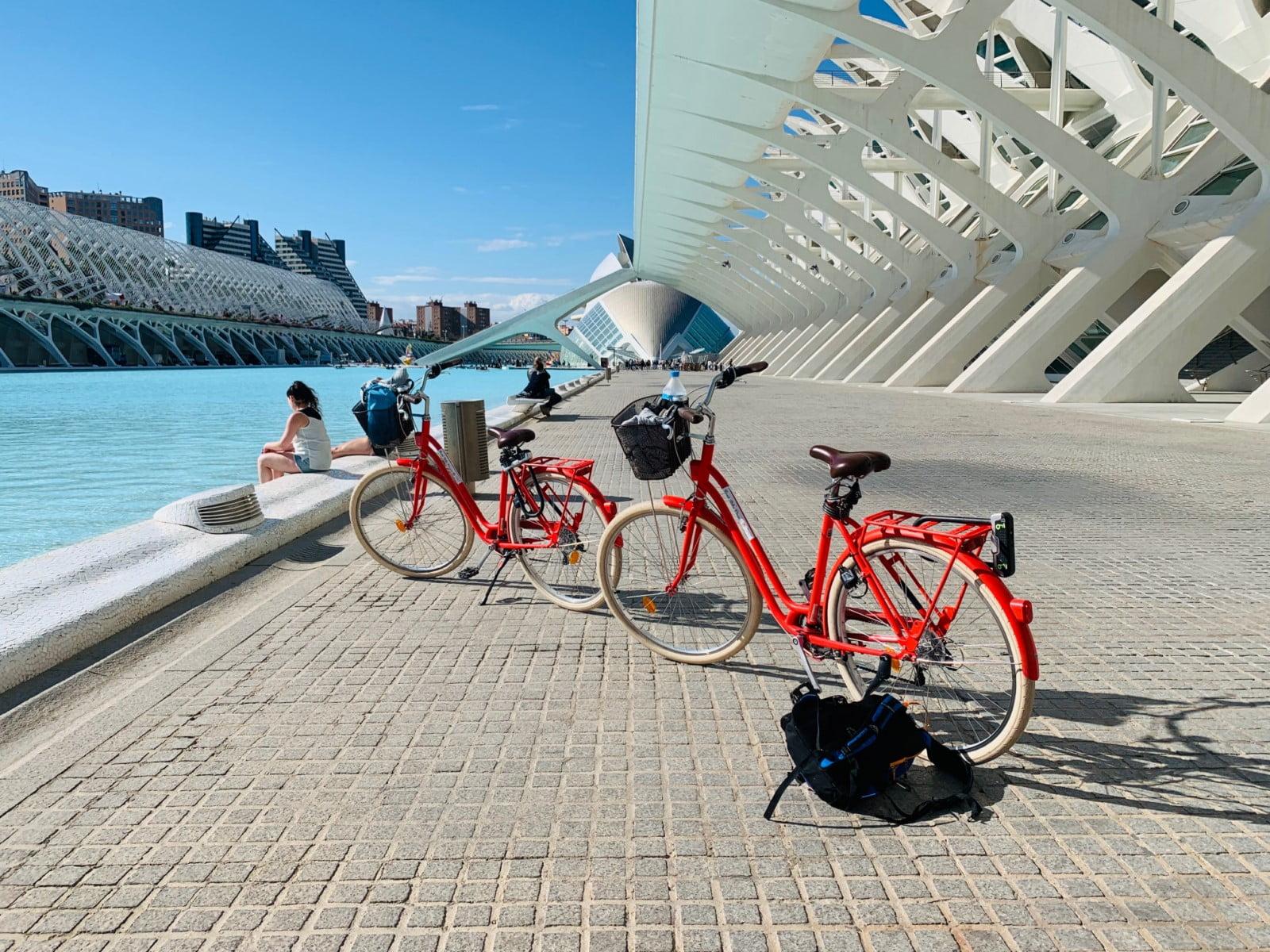Visita Valencis con bicicleta. Bike tour Valencia