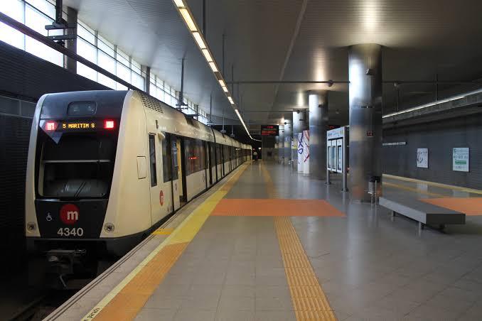 metro de valencia transporte público