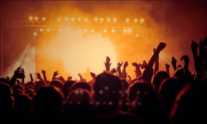 FALLAS 2020: Verbenas, orquestas y discomóviles 1